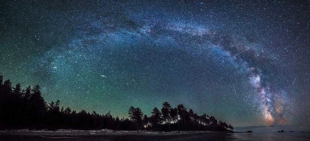 Млечный Путь над Национальным Парком Акадия (США)